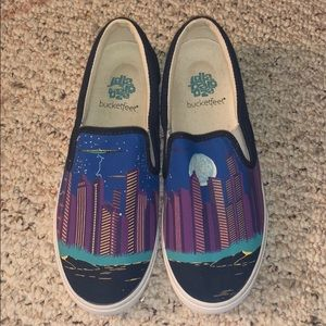 Lollapalooza edition Chicago skyline canvas shoes